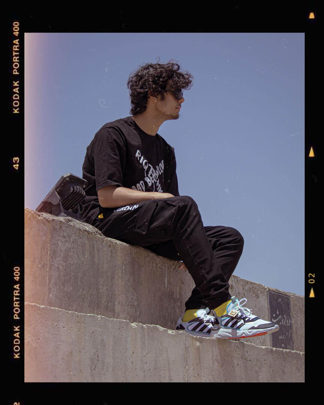 عکس مجله ای زیبا از آدیداس فیوچر فلو - Adidas Future Flow Fashion photos